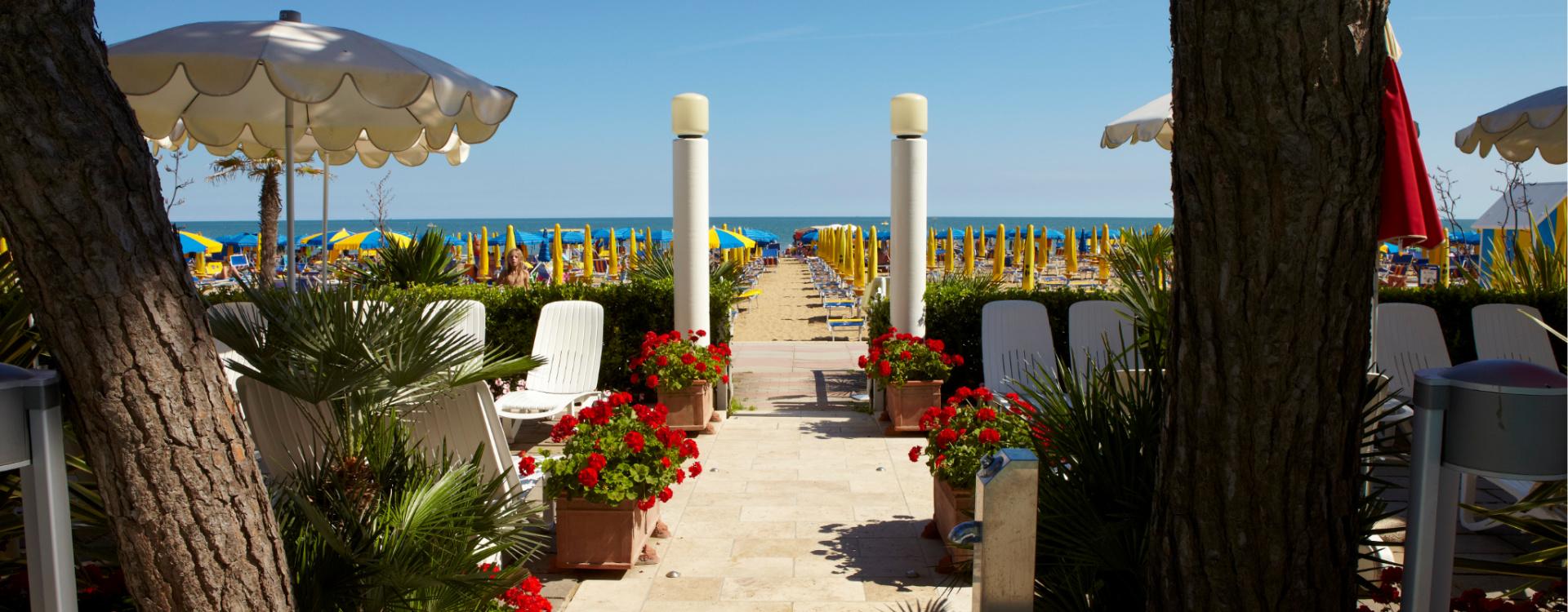 Foto_copertina_termini_beach_hotel_spiaggia